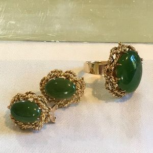 Vintage 14K Yellow Gold Jade Ring and Earrings Set